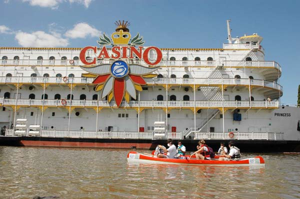 Casino flotante puerto iguazu